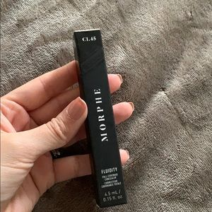 Morphe Fluidity concealer shade C1.45